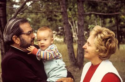 1977-09 Jon Broad, Ernie & Jeanne Ricca-1