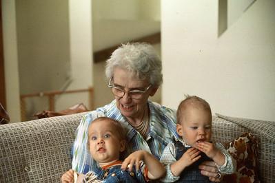 1978-07 Gramma Lou, Nicole & Jennie