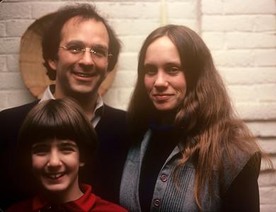 1981-01 John, Chris & Bonnie