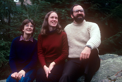 1982-11 John, Chris & Bonnie