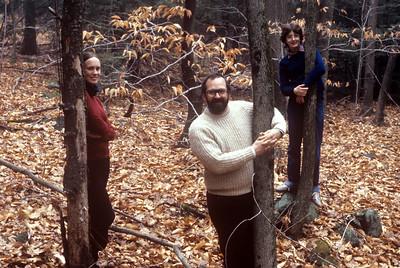 1982-11 John, Chris & Bonnie-4