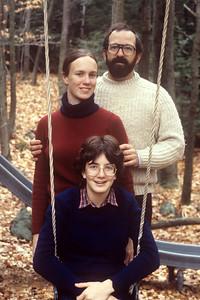 1982-11 John, Chris & Bonnie-2