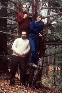 1982-11 John, Chris & Bonnie-3