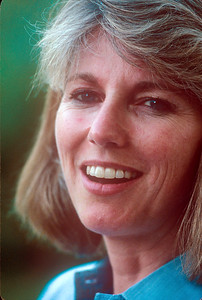 1990-08 Katie Roberts-2