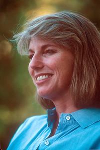 1990-08 Katie Roberts