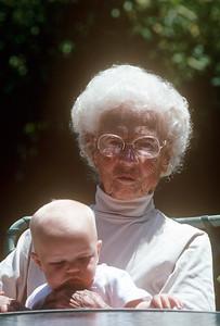 1989-05 Gram & Mia