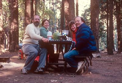 1989-09 John, Chris, Ann & David Lipton in Yosemite