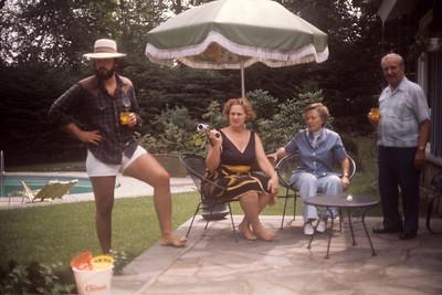1975_06 Greg, Mom, Grandpa, & Dot