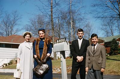 1959 John, Sue, Greg & Jeanne_