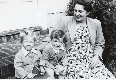 1951 Jeanne, John & Sue