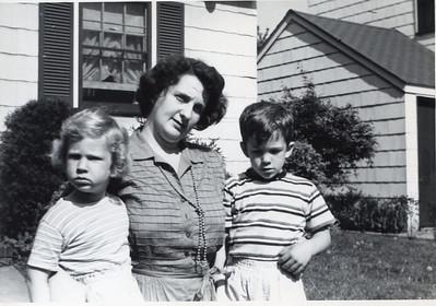 1950 Jeanne, John & Sue