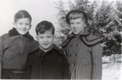 1954  John, Sue & Greg