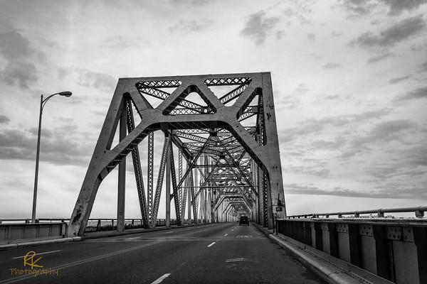 NB Bridge Louisville
