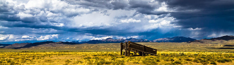 Wyoming is a great place to visit. This photograph was taken on the long unimproved road to the Big Sandy Lodge. This is truly the open range.