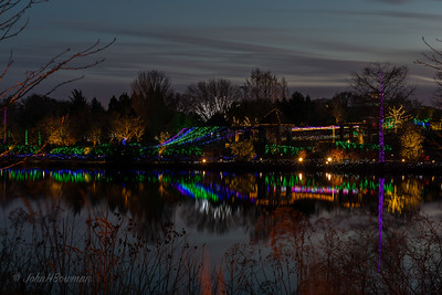 """Lewis Ginter Botanical Garden's 2015 edition of Dominion GardenFest of Light, """"H2Whoa!"""" had water theme, with fish, star fish, jelly fish, octopi, etc, as well as usual peacock, lights at Sunken Garden fountain, Bloemendaal House, etc; seemed to be more lights around trees than before; met Carol & Isabella at 4:30 & stayed out until after dark; crowd much larger after we ate, & fog was coming in, so going early was good decision; a nice sunset was another bonus for going early; camera clock still on EDT, so times off 1 hour"""