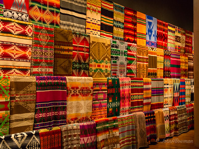 Native American Blankets - A Source of Inspiration for Chihuly