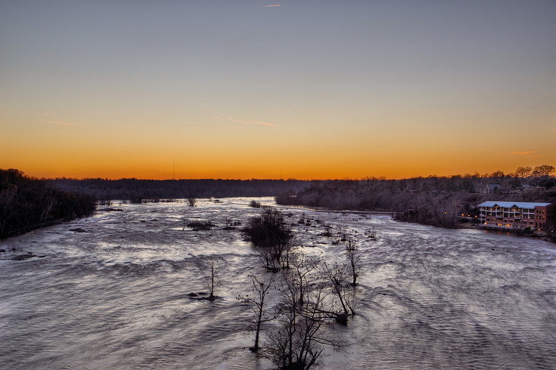 Dusk over the James River from the Lee Bridge