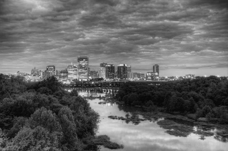 Richmond on the James black & white