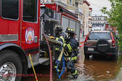2 Alarm Structure Fire - Oxford St, Lawrence, MA - 5/29/17