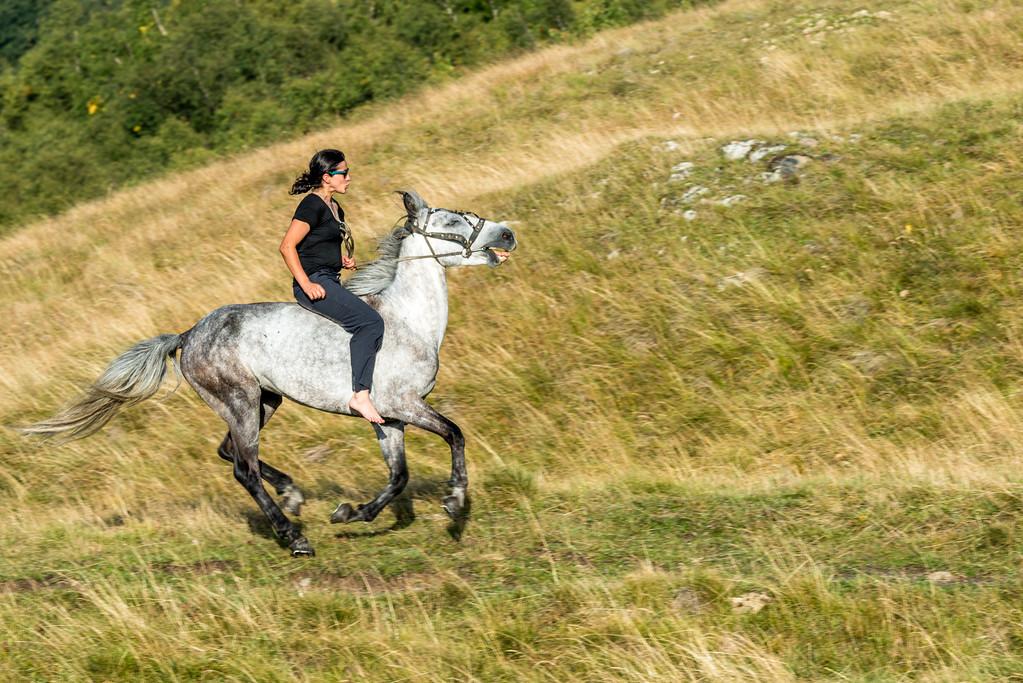 Ecka bareback riding in camp