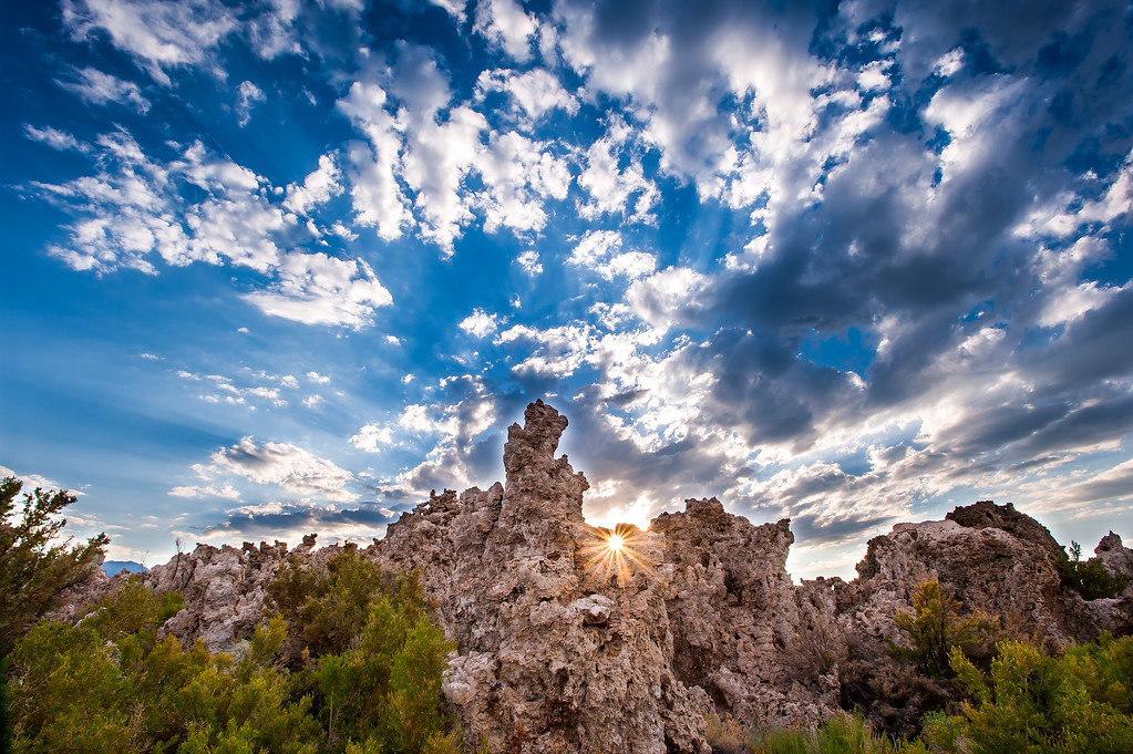 sunburst thru the tufa towers