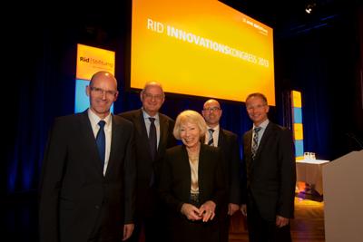 v.l.n.r | Dr. Aigner, Handelsverband Bayern | Peter Habit | Helga Rid | Prof. Dr. Klaus Gutknecht | Joachim Stumpf