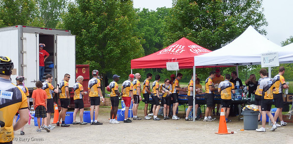 Lunch stop 70.12 kilometer mark day 1 at Parkside farms in Flamborough, Ontario. Riders lining up for lunch.