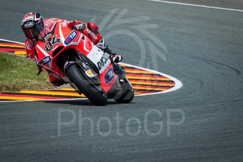 2013-MotoGP-08-Sachsenring-Friday-0818