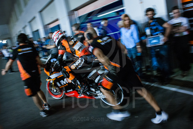 2014-MotoGP-01-Qatar-Thursday-0403