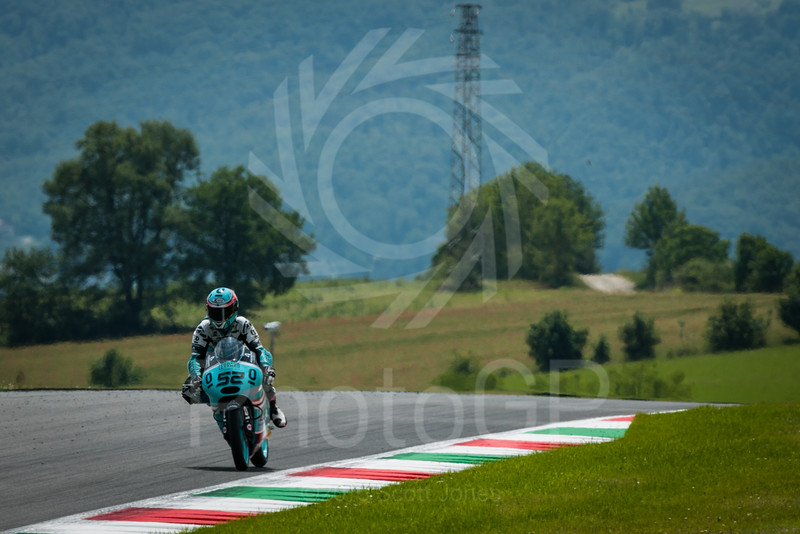 2015-MotoGP-Round-06-Mugello-Saturday-0728