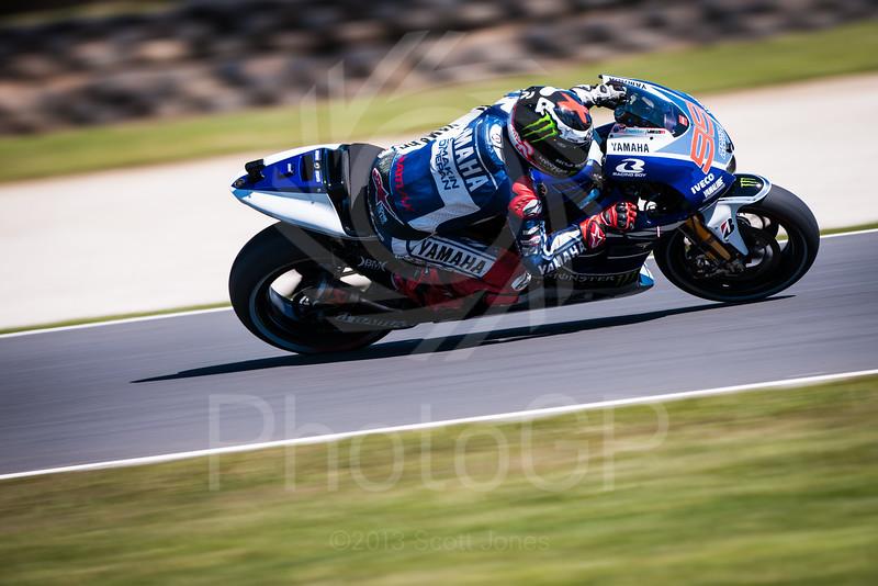 2013-MotoGP-16-Phillip-Island-Friday-0458