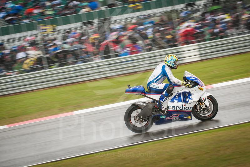 2011-MotoGP-06-Silverstone-Sunday-2013