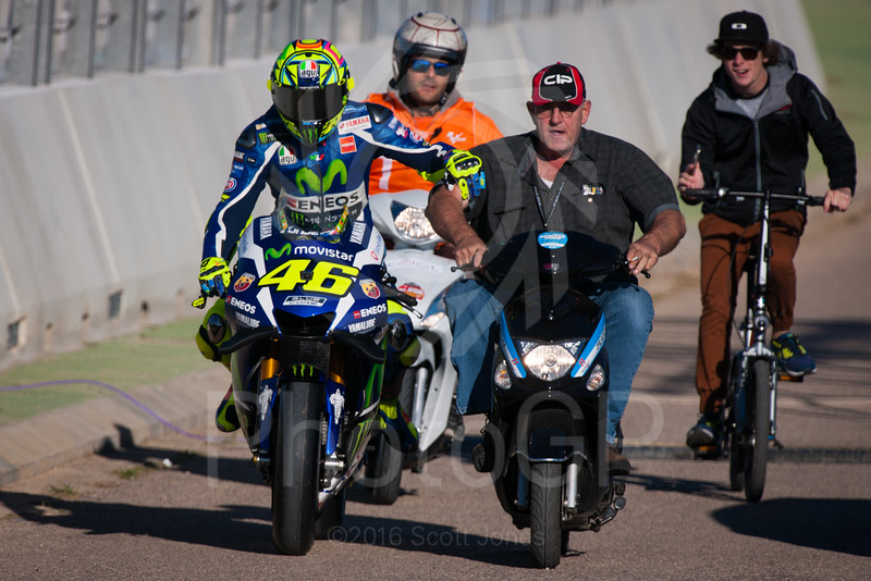 2016-MotoGP-18-Valencia-Friday-0292