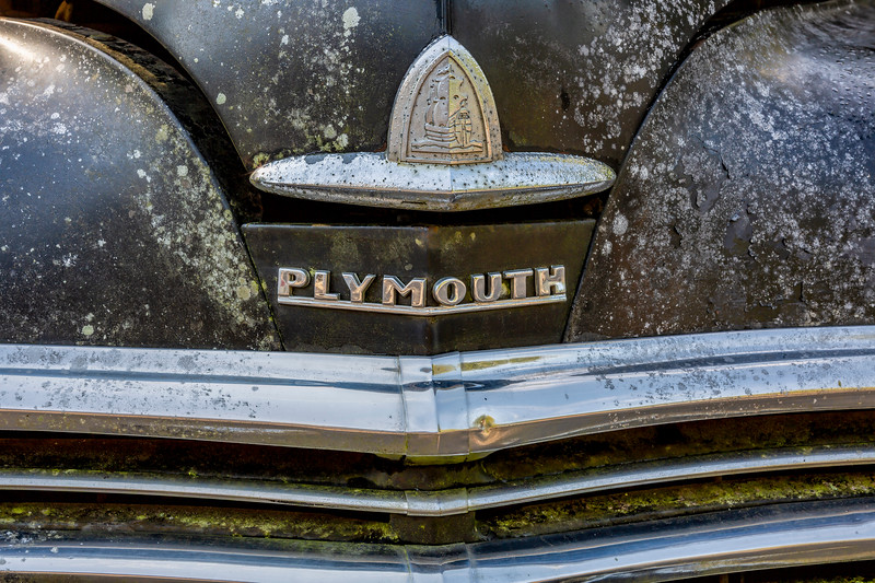 !949 Plymouth Special DeLuxe
