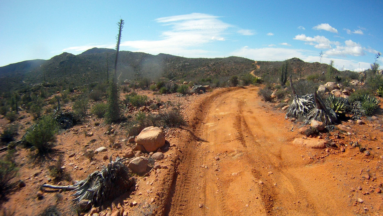 more amazing red dirt, the traction was great and little dust