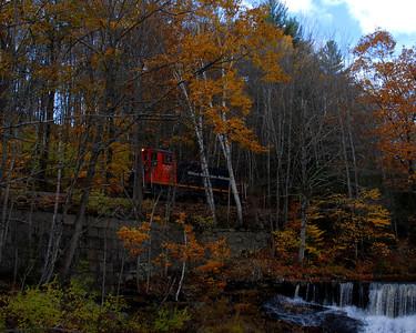 Milford Bennington Railroad - Wilton, NH coming through the woods - 12