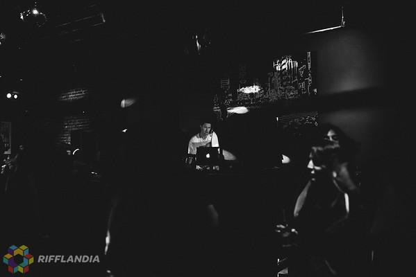2 (DJ Trever) (4)