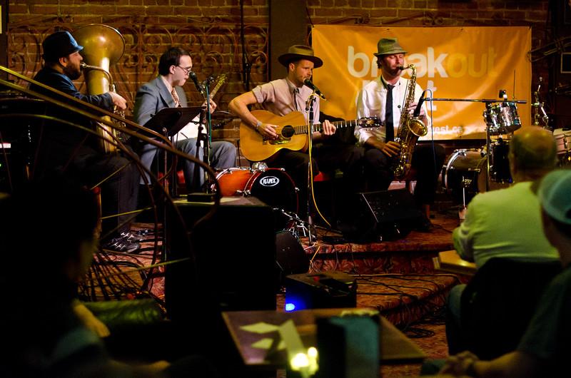 ©Dark Lake Photography Hermann's Jazz Club Ryan McNally