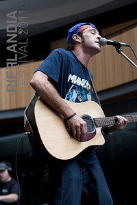 (c) John Carlow 2011