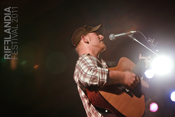 Adam Barter @ Rifflandia  Lindsay Marie Stewart | LMS Photography http://www.lms-photo.com