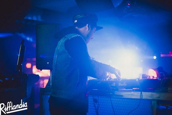 DJ Keyes  Copyright Casey Bennett www.caseybennettphotographer.com