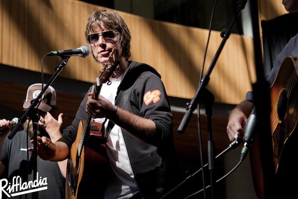 2012(c)John Carlow