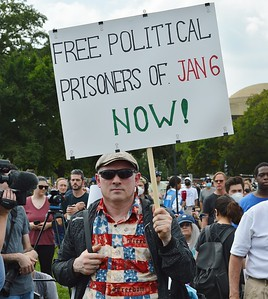 """People in jail for participating in the January 6th insurrection at the US Capitol are considered """"political prisoners"""" by this man attending the """"Justice for J6"""" rally in Washington, DC (9/18/21)"""