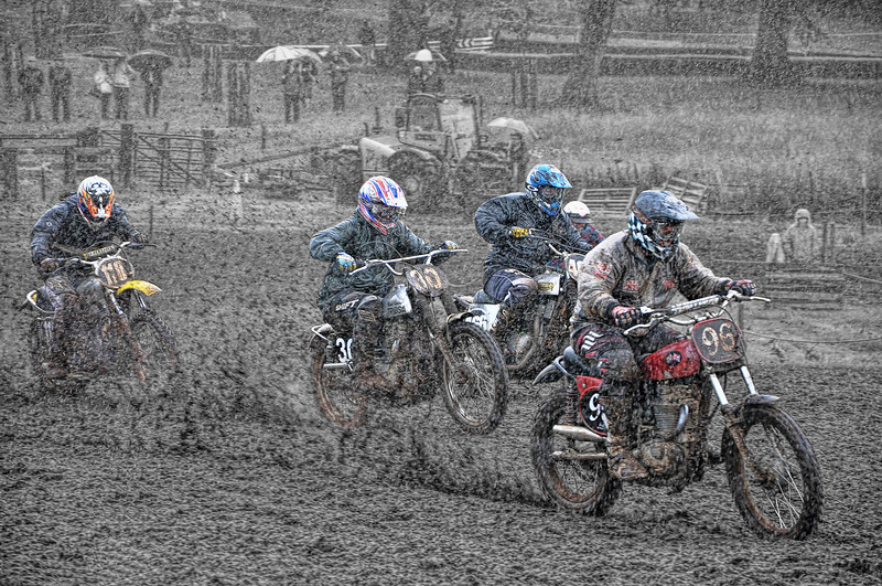 Mudday Racing