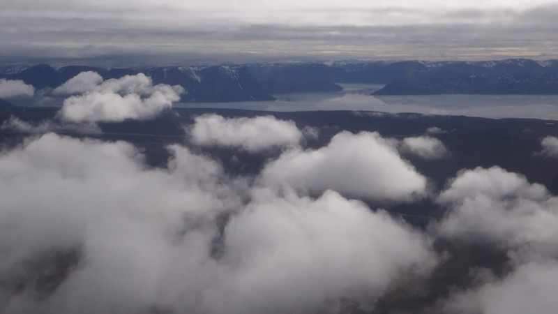 Decent and Final Approach to Pond Inlet