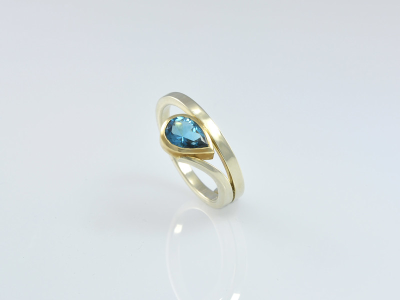 Our 'Buenos Aires' Ring in White Gold with a London Blue Topaz