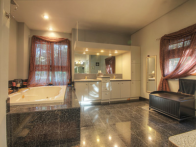 Ringwood Master Bedroom and Bath