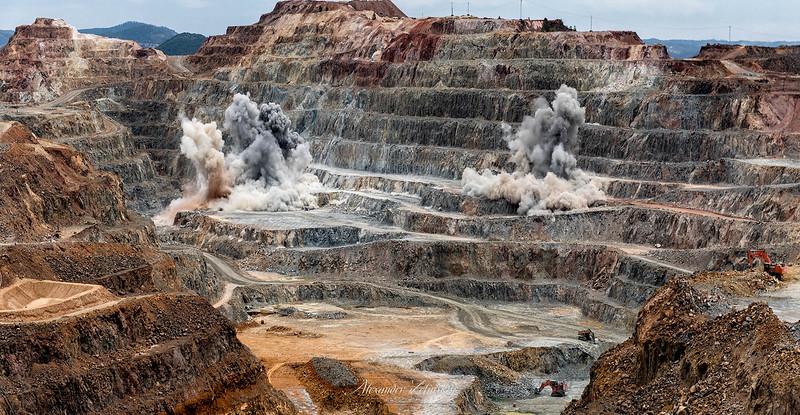 Mining at Cerro Colorado