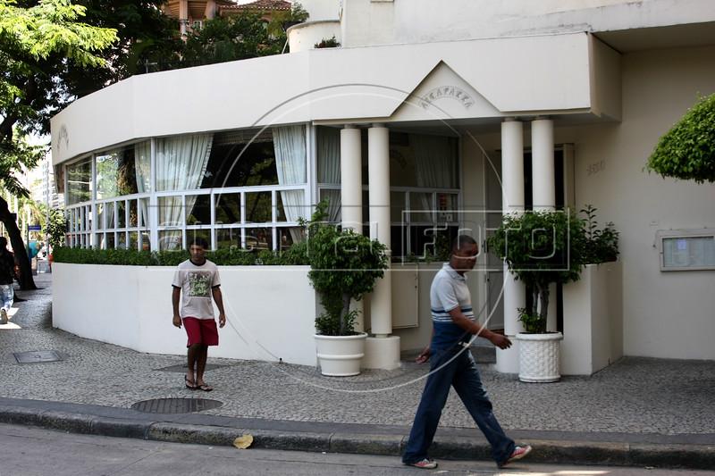 The Alcaparra restaurant in the Flamengo district of Rio de Janeiro, Brazil. (Australfoto/Douglas Engle)