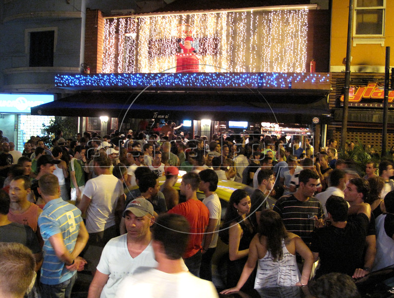 "A view of the ""To Nem Ai"" bara and restaurant inthe Ipanema district of Rio de Janeiro, Brazil. Situated on Farme de Amoedo street, the bar is a popular GLS meeting point. (Australfoto/Douglas Engle)"